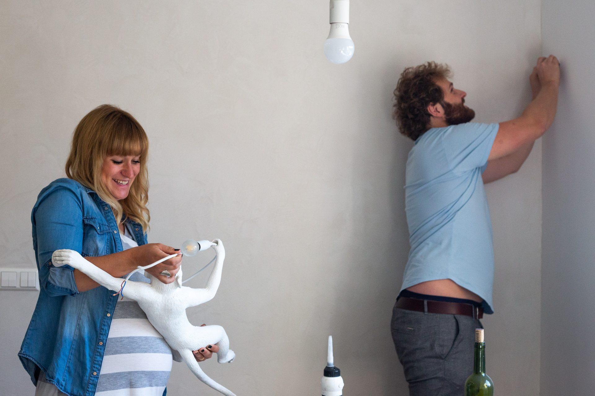 Lampe aufhängen - Fotografie Anja Schnell
